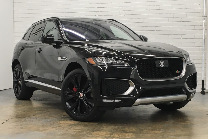 Lovely Pre Owned 2018 Jaguar F PACE S
